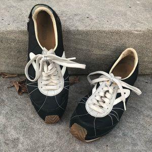 Tretorn Reva Retro Sneakers Size 8